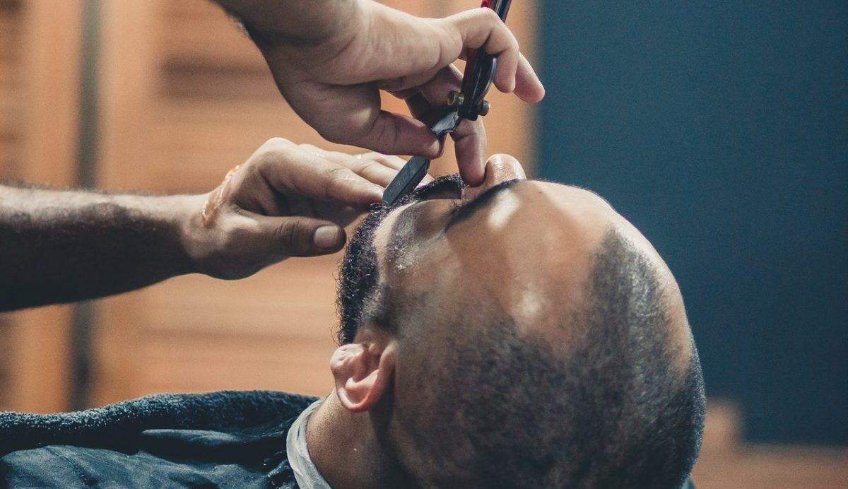 Haircuts for balding men, thin hair or receding hairlines